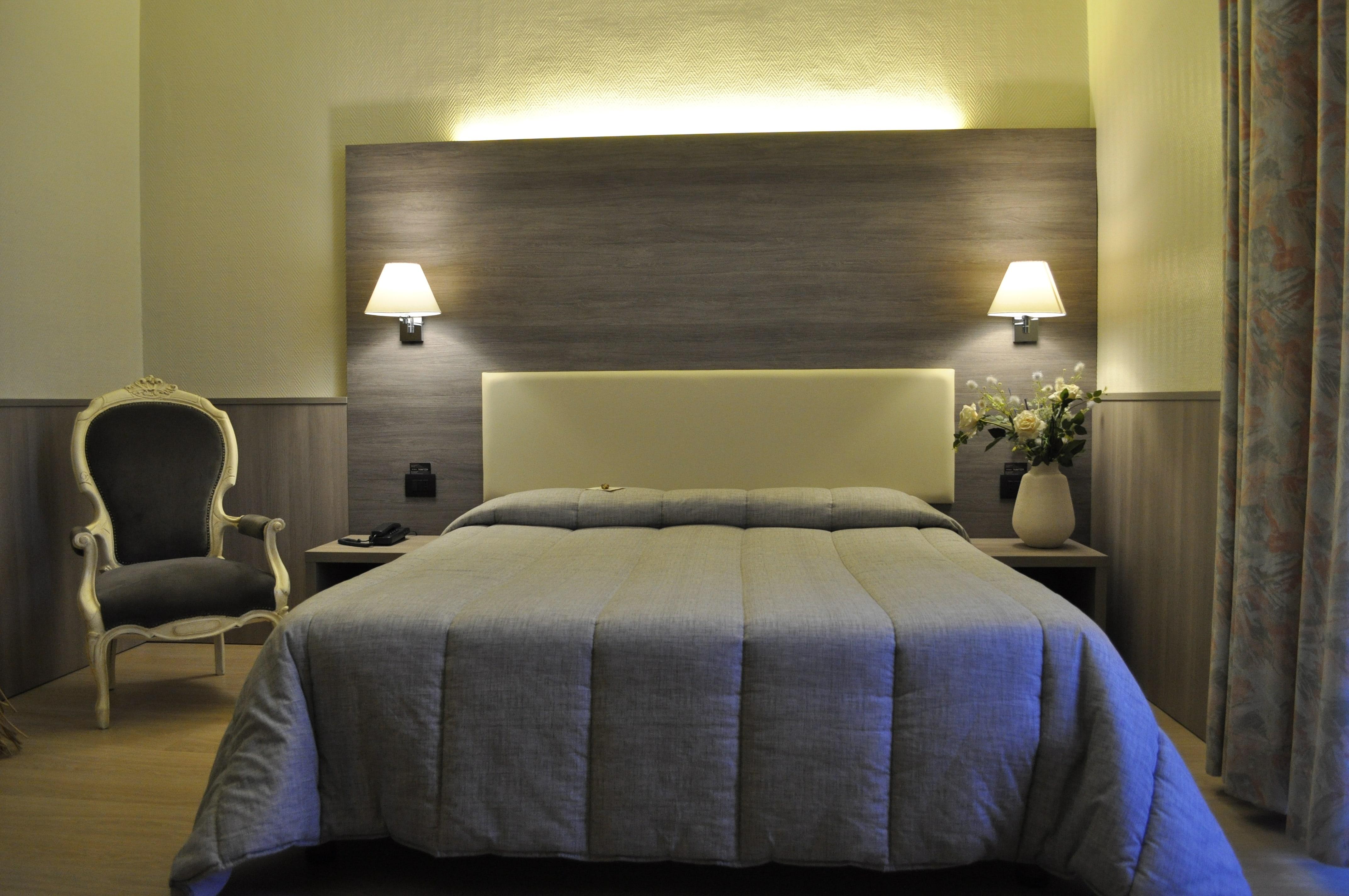 albergo Piombino parcheggio interno - hotel Piombino Salivoli e Cala Moresca