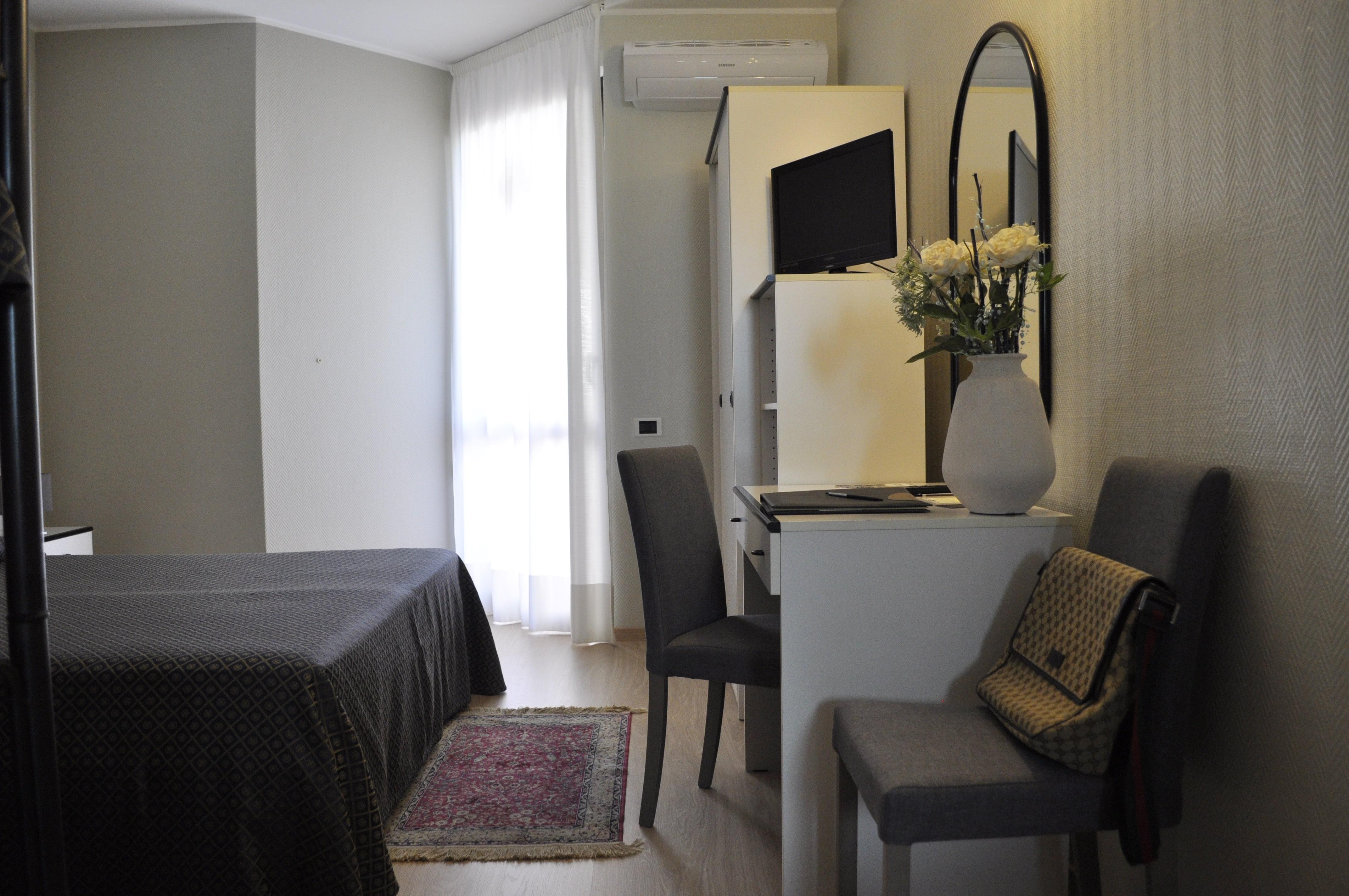 Hotel Buca delle Fate, Marina Terre Rosse, palazzetto dello sport